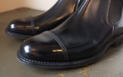 SANDERS   MILITARY CAP TOE CHELSEA BOOT