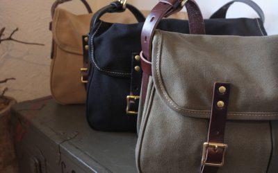 SLOW   hunting shoulder bag L & hunting shoulder bag S