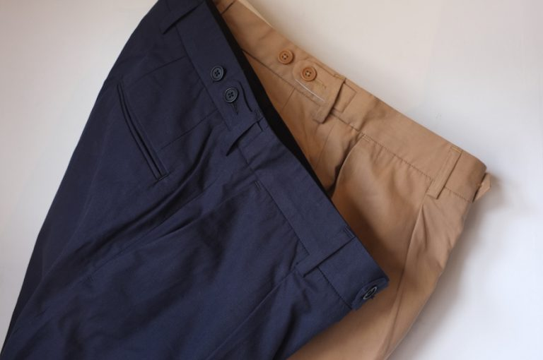 A VONTADE   1 Tuck Tapered Trousers
