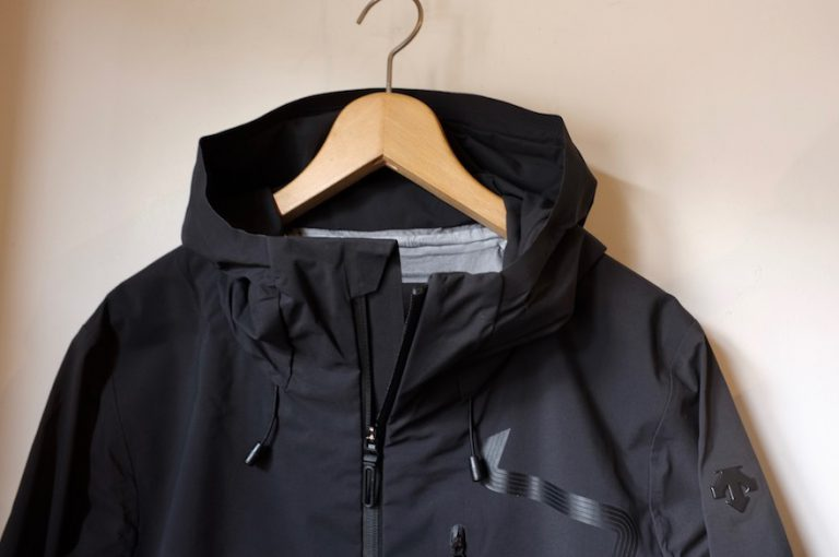 DESCENTE ALLTERRAIN   STREAMLINE HARD SHELL JACKET