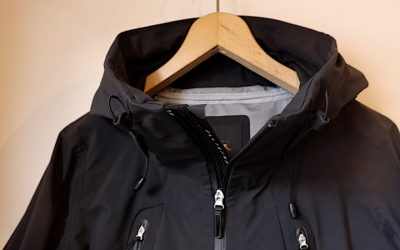 "DESCENTE ALLTERRAIN   HARD SHELL JACKET ""CREAS-L"""